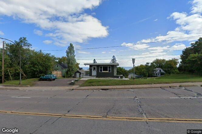 923 Central Entrance Dr Duluth Mn 55805 Redfin