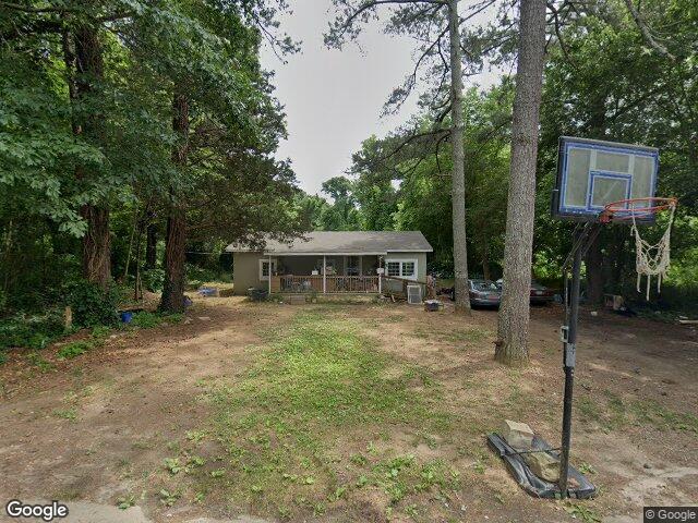 142 E Forest Dr Woodstock GA 30188