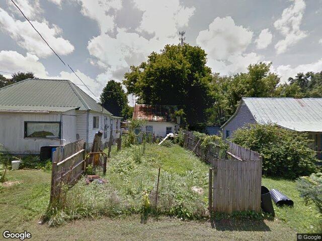 305 hill st n cowan tn 37318 for Signature homes franklin tn