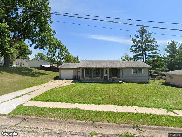 Home For Sales Maquoketa Iowa