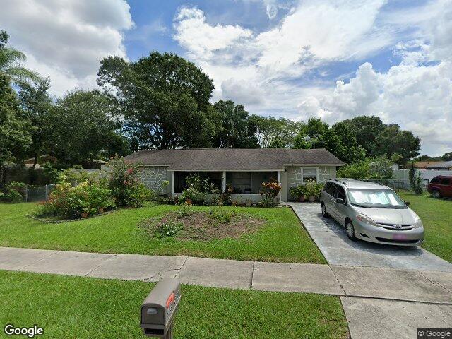 8350 Galewood Cir Tampa FL 33615