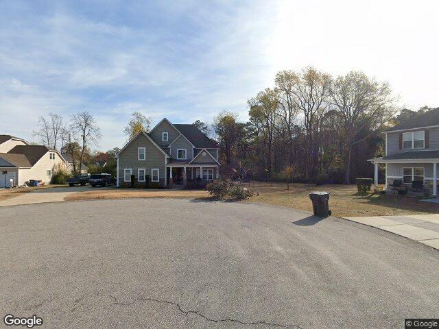Check out the home I found in Linden