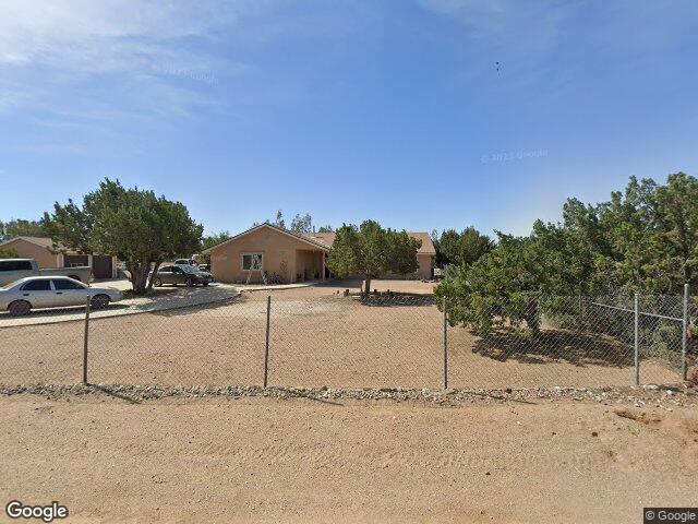 10521 Hollister Rd, Oak Hills, CA 92344