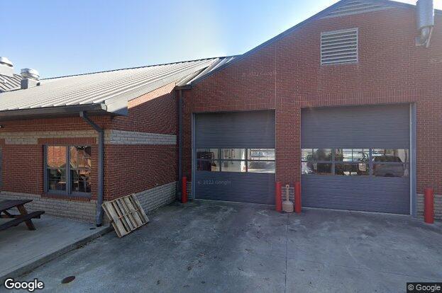 907 murfreesboro rd franklin tn 37064 redfin for Signature homes franklin tn