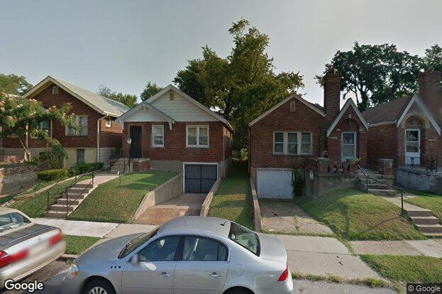 6993 edison ave st louis mo 63121 redfin for Edison home show