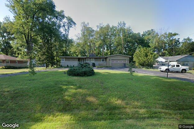 3015 s green hills lane dr indianapolis in 46222 redfin for Fisher fish chicken indianapolis in