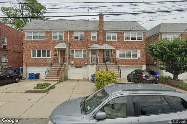 43 21 215th St Ny 11361 Redfin
