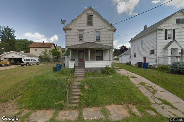 1083 Belleview Ave Barberton Oh 44203 Redfin