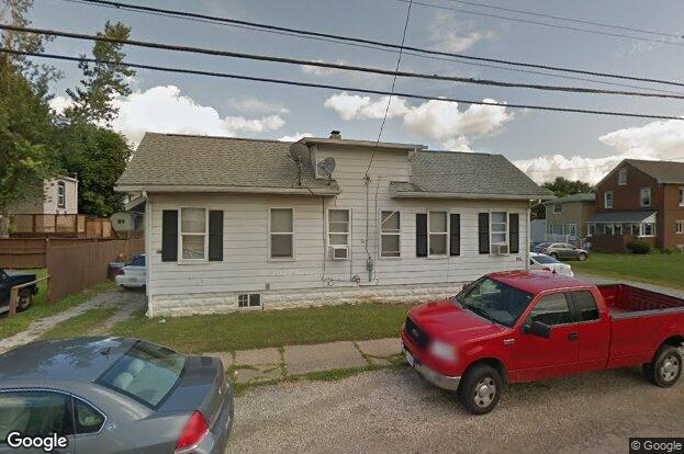 915 Shannon Ave Barberton Oh 44203 Redfin