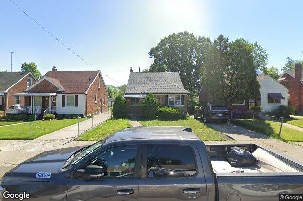 20000 stansbury ave detroit mi 48235 redfin for Houses for sale under 20000 near me