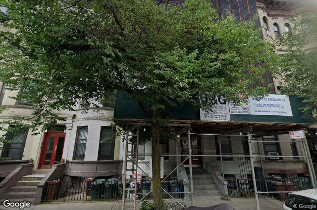 452 15th Street