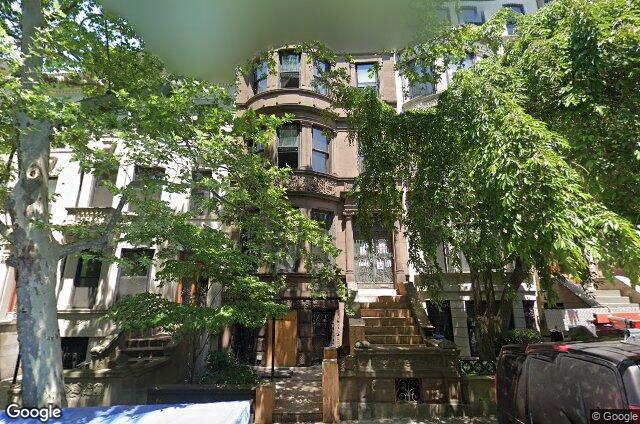 559 1st Street