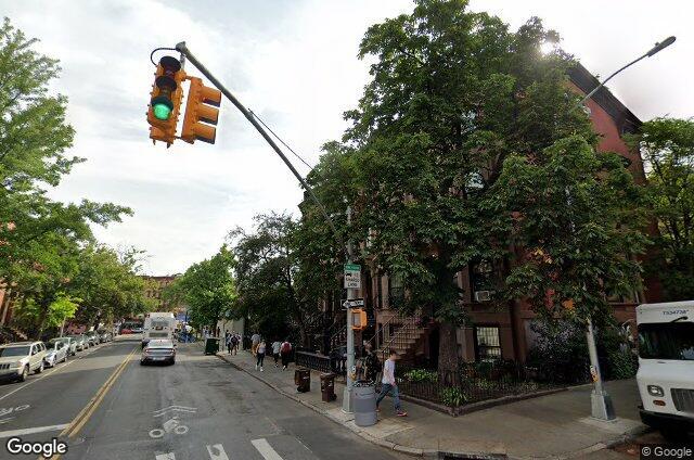 19 Seventh Avenue