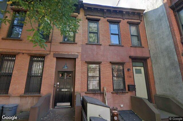 720 Sackett Street