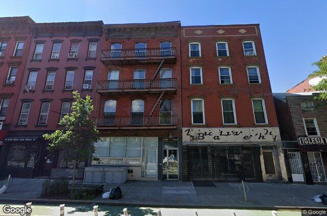 550 Grand Condominium, 550 Grand Street