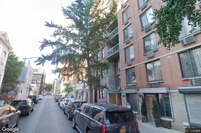 122 Elizabeth Street