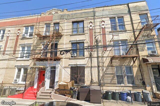 75 Beadel Street