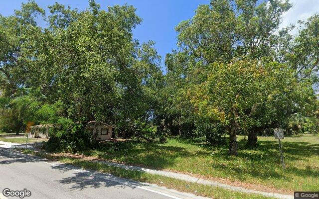 2066 PALM AVE      FORT MYERS  FL 33916