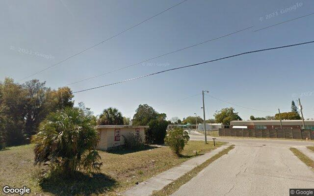 3304 BASSIE CT      FORT MYERS  FL 33916