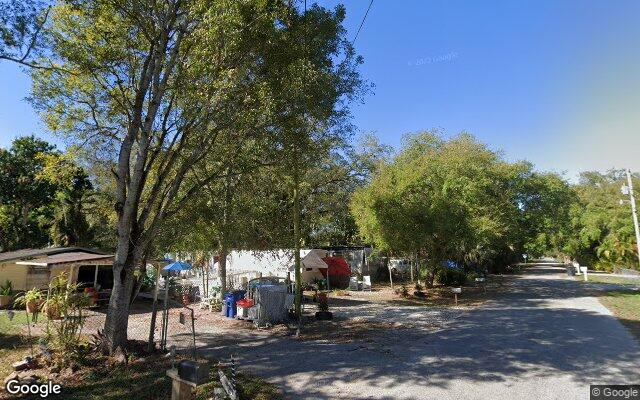 338 CAPITOL ST      NORTH FORT MYERS FL 33903