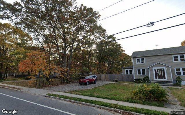 69 WILSON AVE      MEDFORD NY 11763