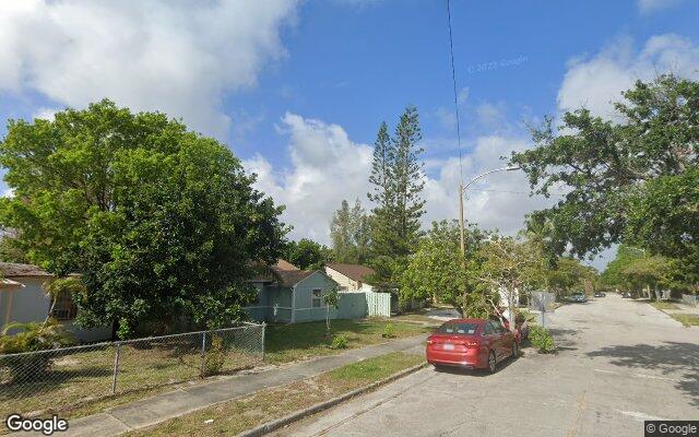 900 29TH ST      WEST PALM BEACH FL 33407