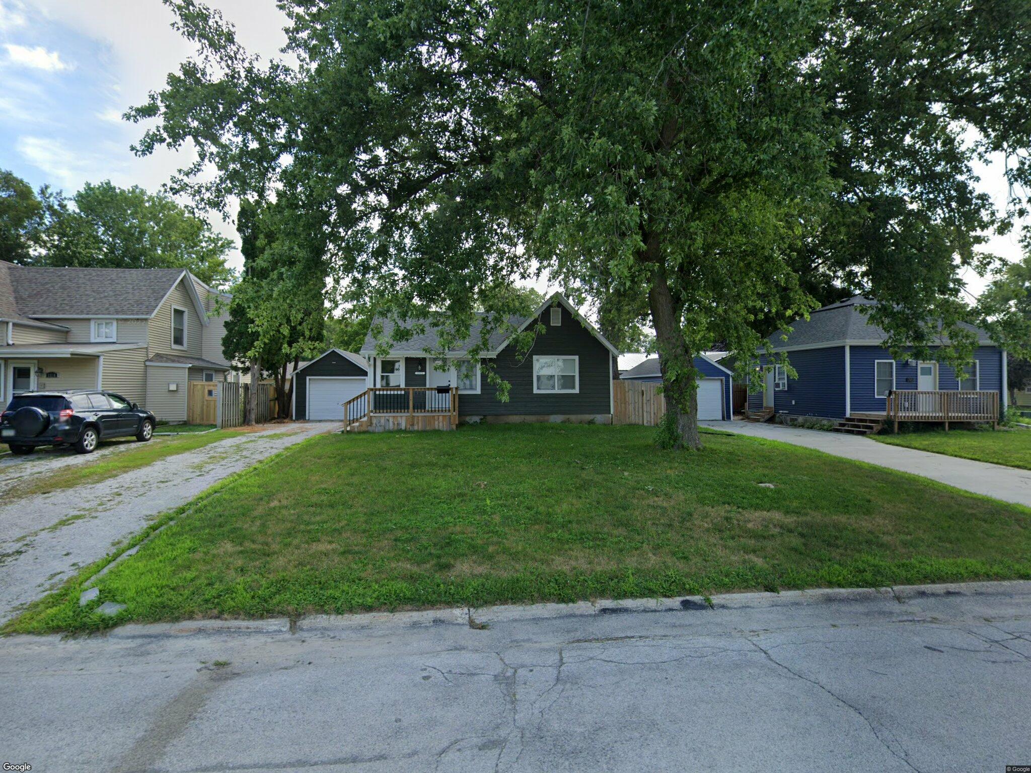 1315 2nd St Nevada Ia 50201 2 Bed 1 Bath Single Family Home