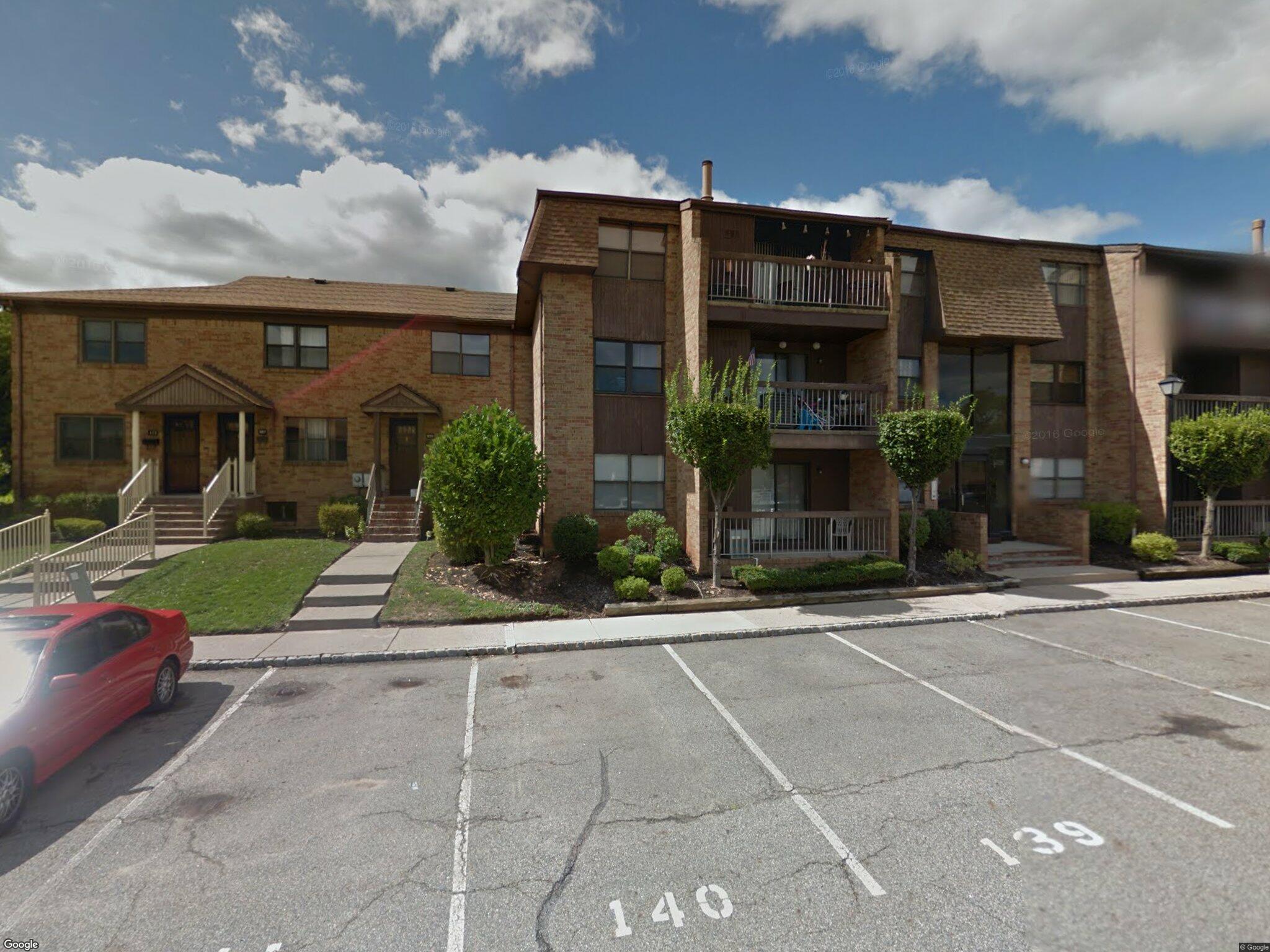 620 Sharon Garden Ct, Woodbridge, NJ 07095 - Foreclosure | Trulia