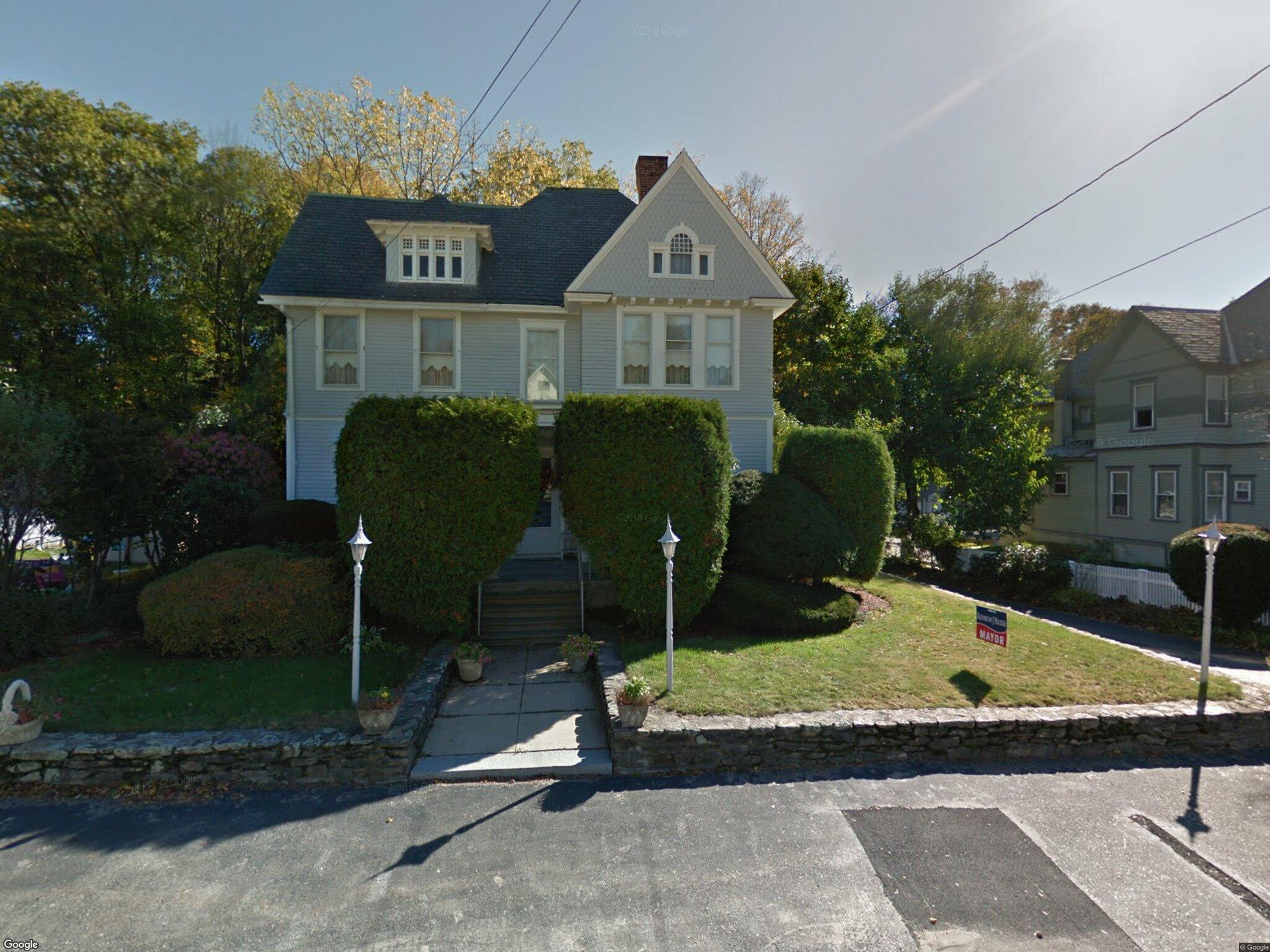 79 Orchard St Leominster MA 01453