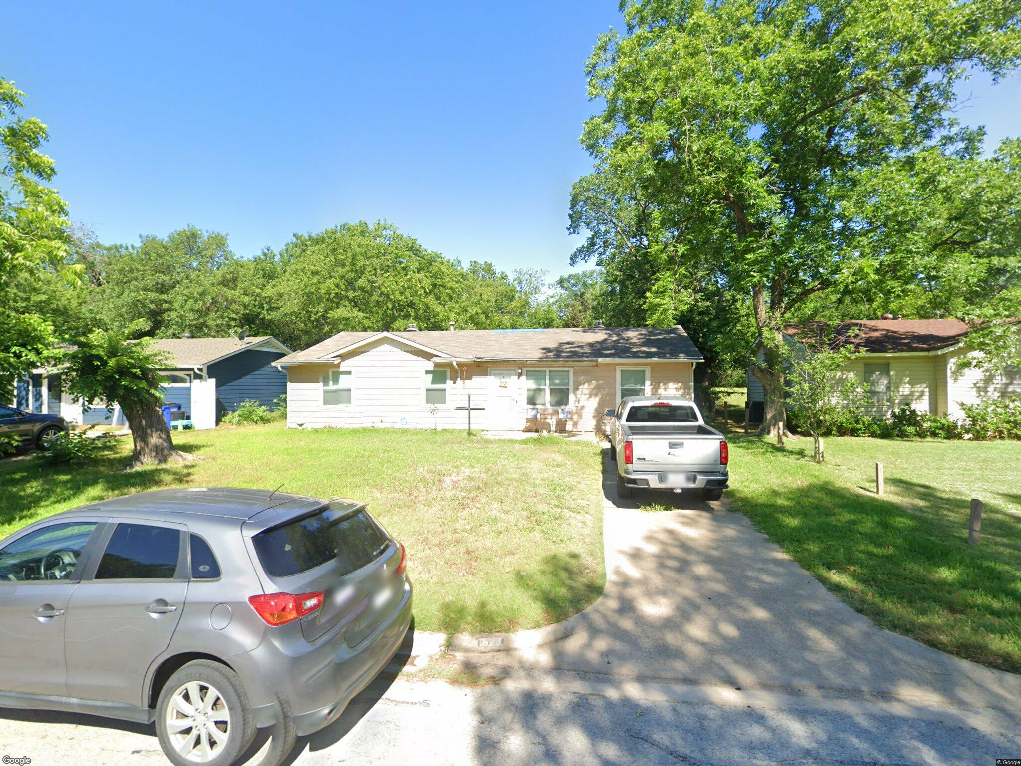 823 Collin Dr Euless Tx 76039 3 Bed 1 Bath Single Family Home