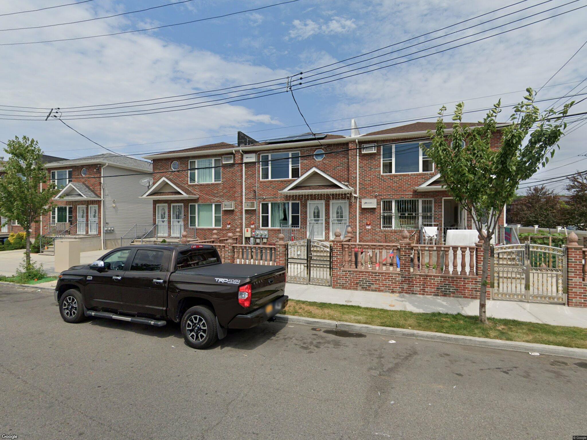 933 Euclid Ave Brooklyn NY 11208