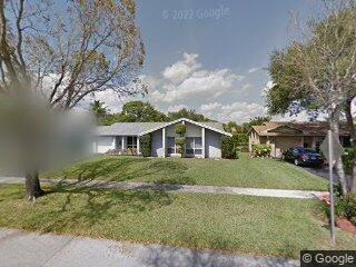 10461 SW 51st St, Cooper City, FL 33328