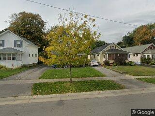 1055 Bennington Dr, Rochester, NY 14616