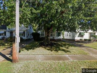 10913 Brunswick Ave, Garfield Heights, OH 44125