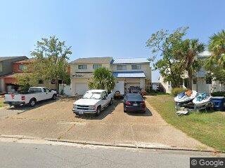 1269 Capri Dr, Panama City, FL 32405