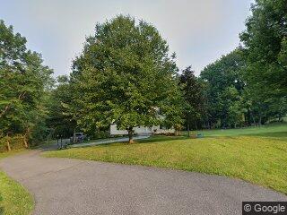16 Tamarack Way, Pleasantville, NY 10570