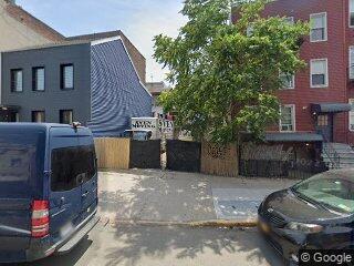 164 Metropolitan Ave, Brooklyn, NY 11249