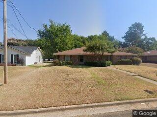 1723-1725 Preston Dr, Longview, TX 75604