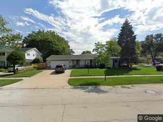 1901 Manor Ln, Park Ridge, IL 60068