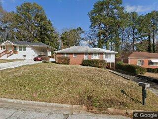 192 W Lake Dr NW, Atlanta, GA 30314