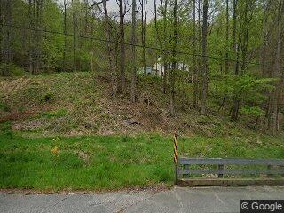 197 Fox Creek Rd, Mars Hill, NC 28754