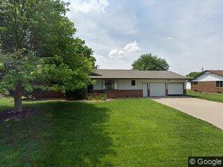 205 W Walnut St, Moundridge, KS 67107