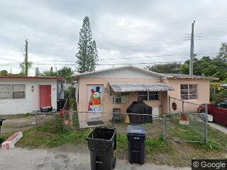 2380 NE 137th St, Miami, FL 33181