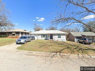 2605 Haynie St, Fort Worth, TX 76112