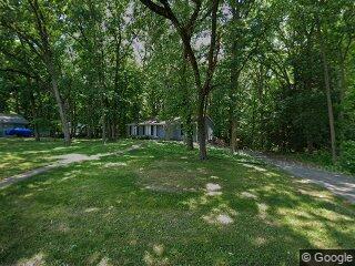 28 Lakeshore Dr, Danville, IL 61832