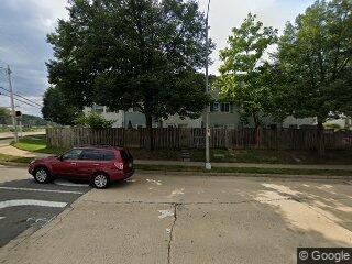 2822 S Meade St, Arlington, VA 22206