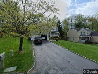 287 Rockwood Ct, Yorktown Heights, NY 10598