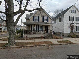 31 Oakwood Ave, Lynn, MA 01902