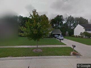 32821 Fox Chappel Ln, Avon Lake, OH 44012