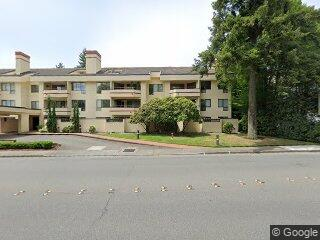 401 100th Ave NE #324, Bellevue, WA 98004